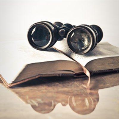 """""""Elogio della forza e virtù Sorveglia""""- Breve Meditazione Sulla Bibbia della Chiesa Evangelica Apostolica nel Nome di Gesù tratta da Proverbi 31:27"""
