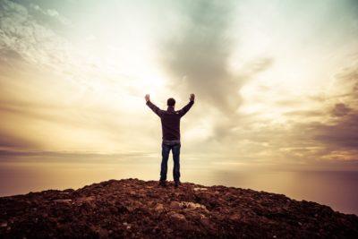 """""""Adorare""""-Breve Meditazione Sulla Bibbia dela Chiesa Evangelica Apostolica nel Nome di Gesù tratta da Genesi 12:8"""