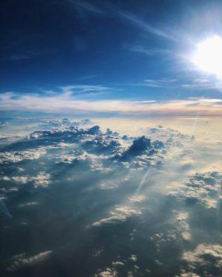 """""""Dio è qui, ora conoscilo"""" -Una Breve Meditazione Sulla Bibbia della Chiesa Evangelica Apostolica nel Nome di Gesù tratta da  Luca 24:49"""
