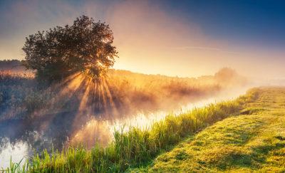 """""""Nelle tue nuvole vedi Dio"""" Una Breve Meditazione Sulla Bibbia della Chiesa Evangelica Apostolica nel Nome di Gesù tratta da Apocalisse 1:7"""