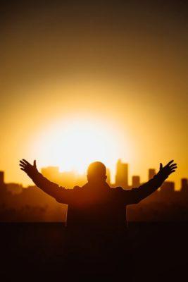 """""""il Giusto concetto sulla Preghiera """"- Una breve Meditazione Sulla Bibbia della Chiesa Evangelica Apostolica nel Nome di Gesù trtta da 1Tessalonicesi 5:17"""